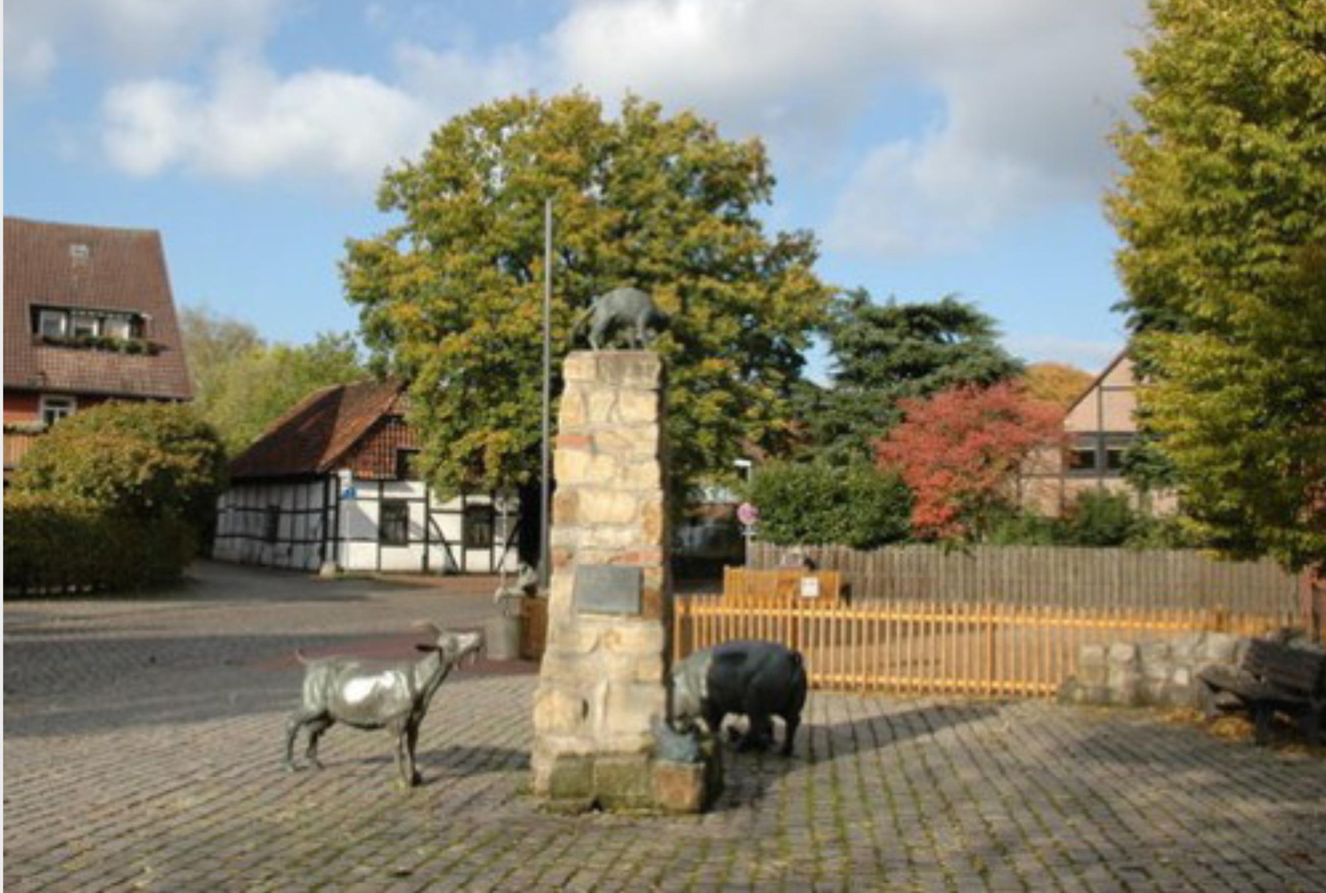 Pinkenburger Kreis, Dorfplatz mit Brunnen